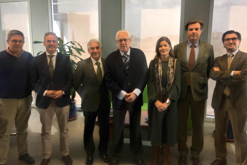 Consejería de Fomento de la Junta de Andalucía con AECCAá